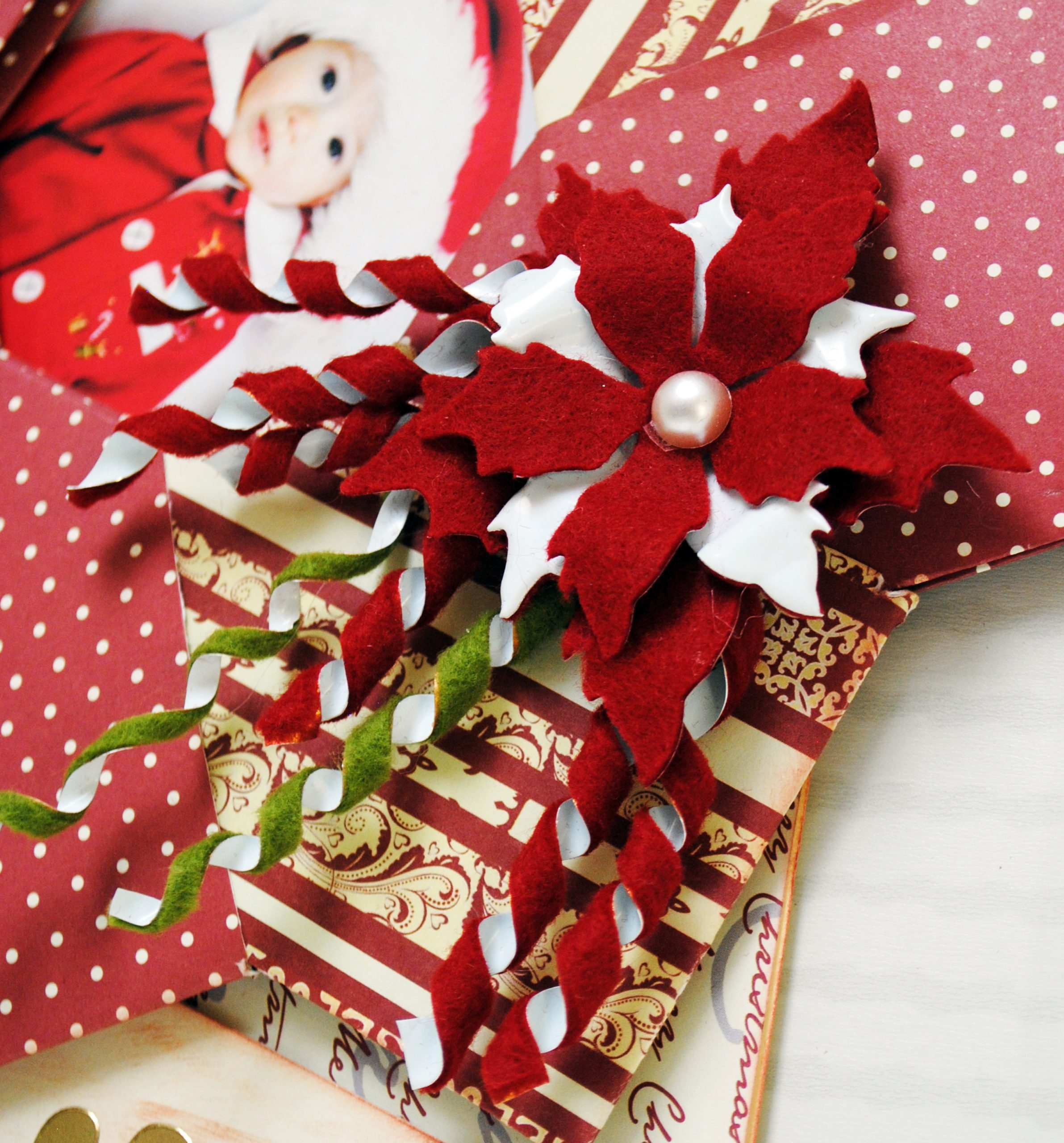 Mille modi di decorare con panno, carta, colori e big shot