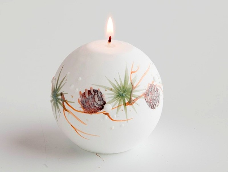 Candele decorate con fiori