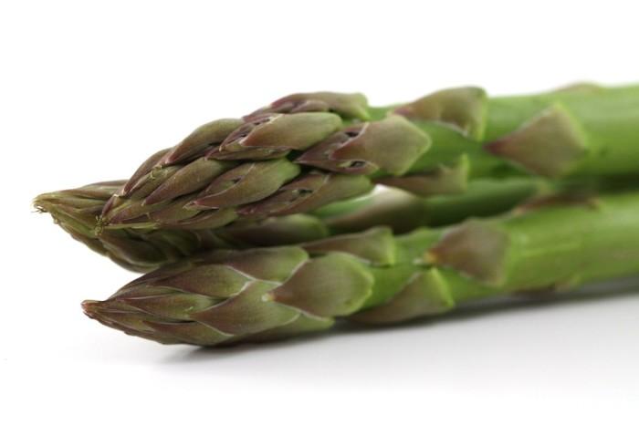 Torta salata al basilico e asparagi