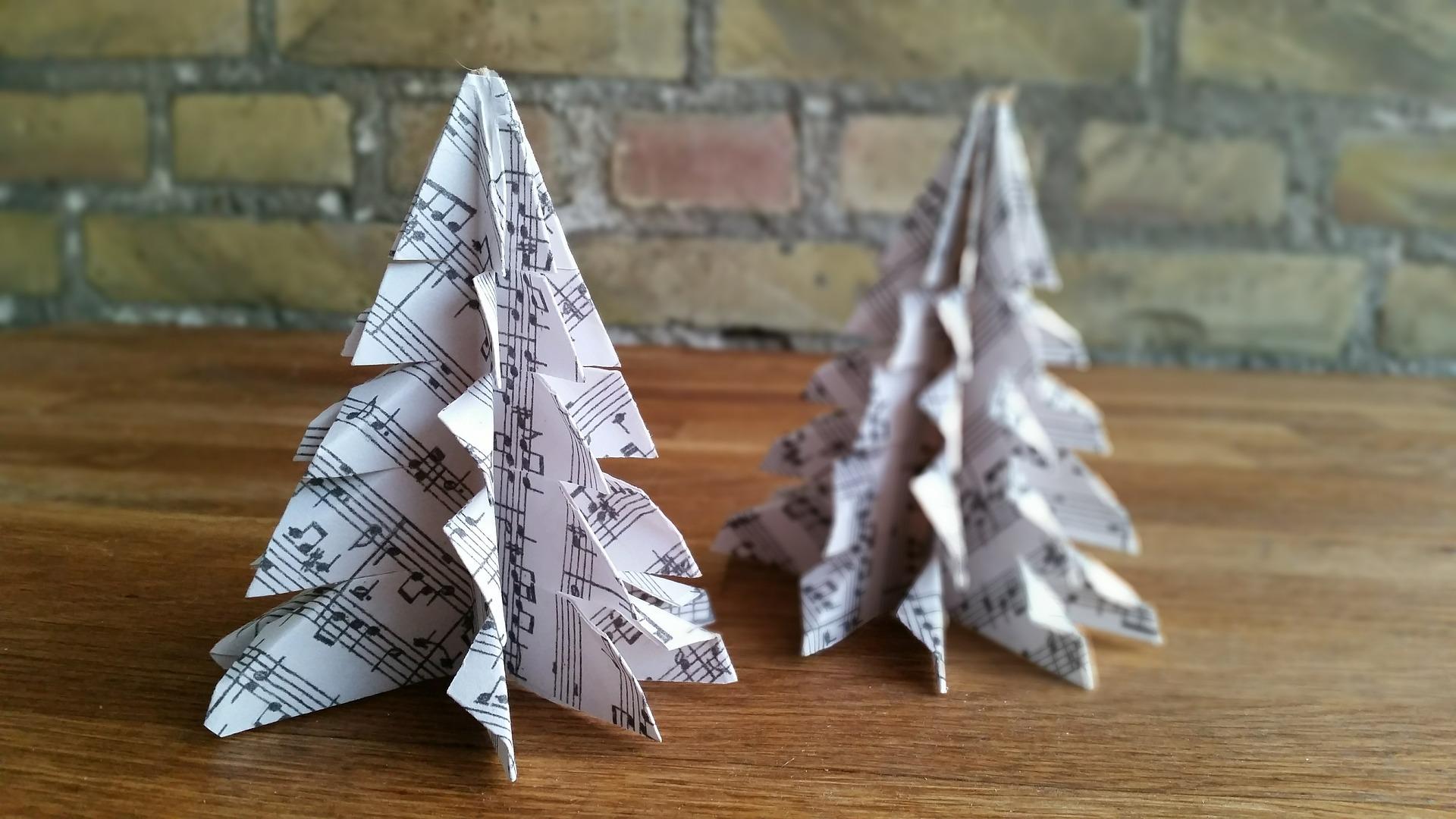 Alla scoperta dell'origami per decorare il Natale