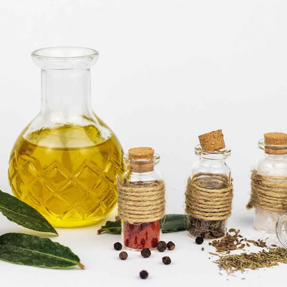 Olio alle foglie fresche: facile e saporito
