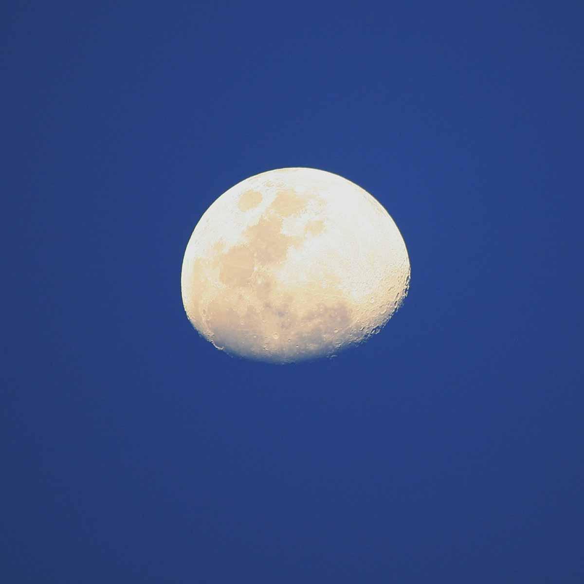 La Luna e i lavori in estate